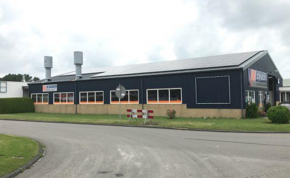120 zonnepanelen op bedrijfspand Franeker