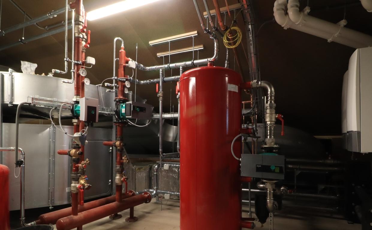 Technische installaties zorgcomplex Vanboeijen 15