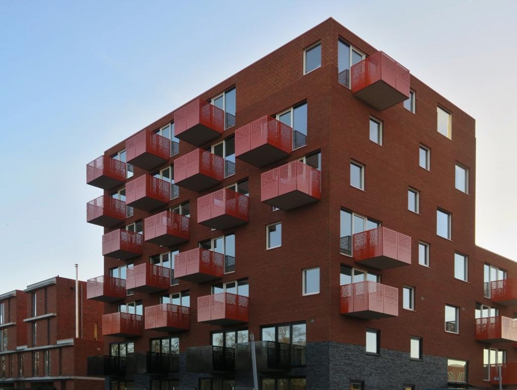 Twee woontorens van 34 appartementen De Velden 05