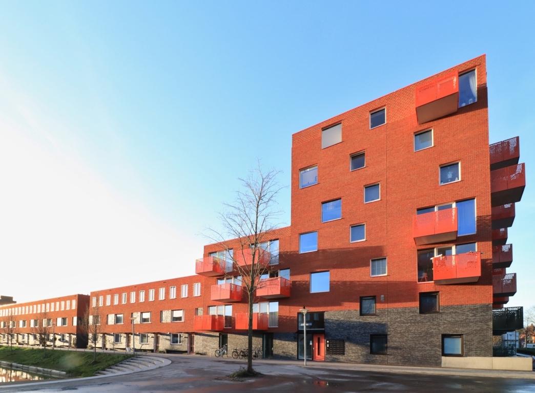 Twee woontorens van 34 appartementen De Velden 12