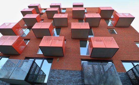 Twee woontorens van 34 appartementen De Velden